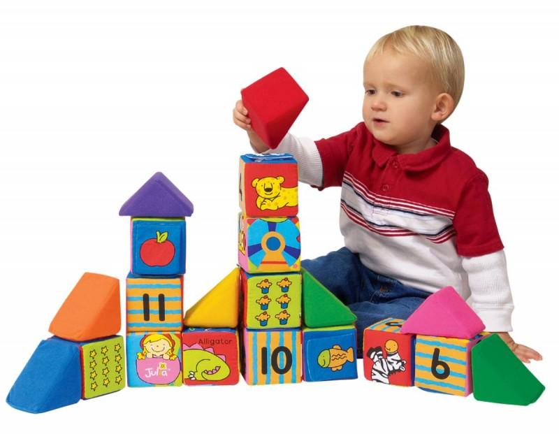 Какие игры надо покупать ребенку до года?3
