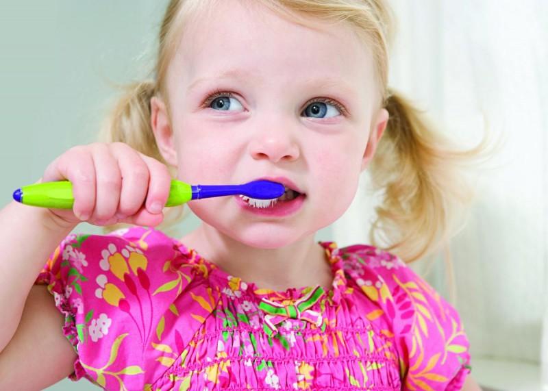 Крепкие и здоровые зубки в любом возрасте.
