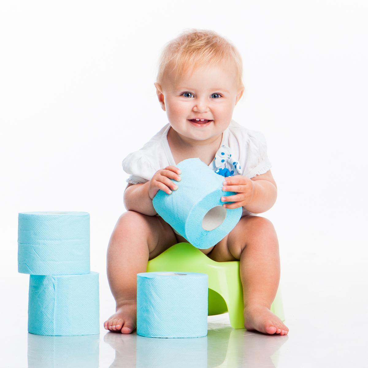 Ребенок на горшке: фото и картинки ребенок на горшке 62