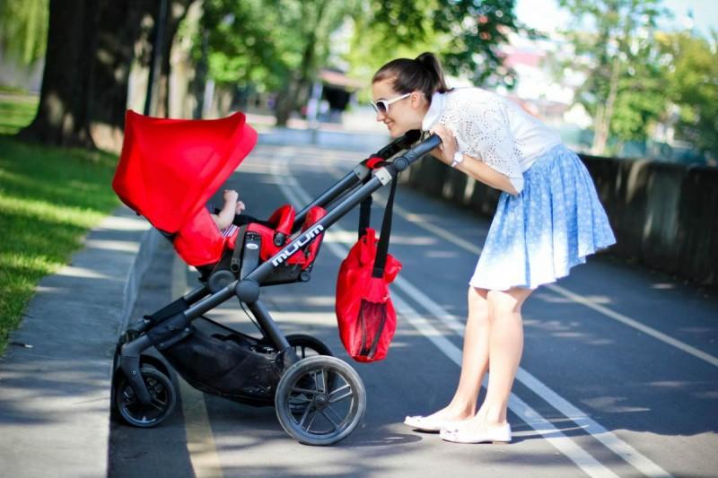Прогулки на балконе с новорожденным2
